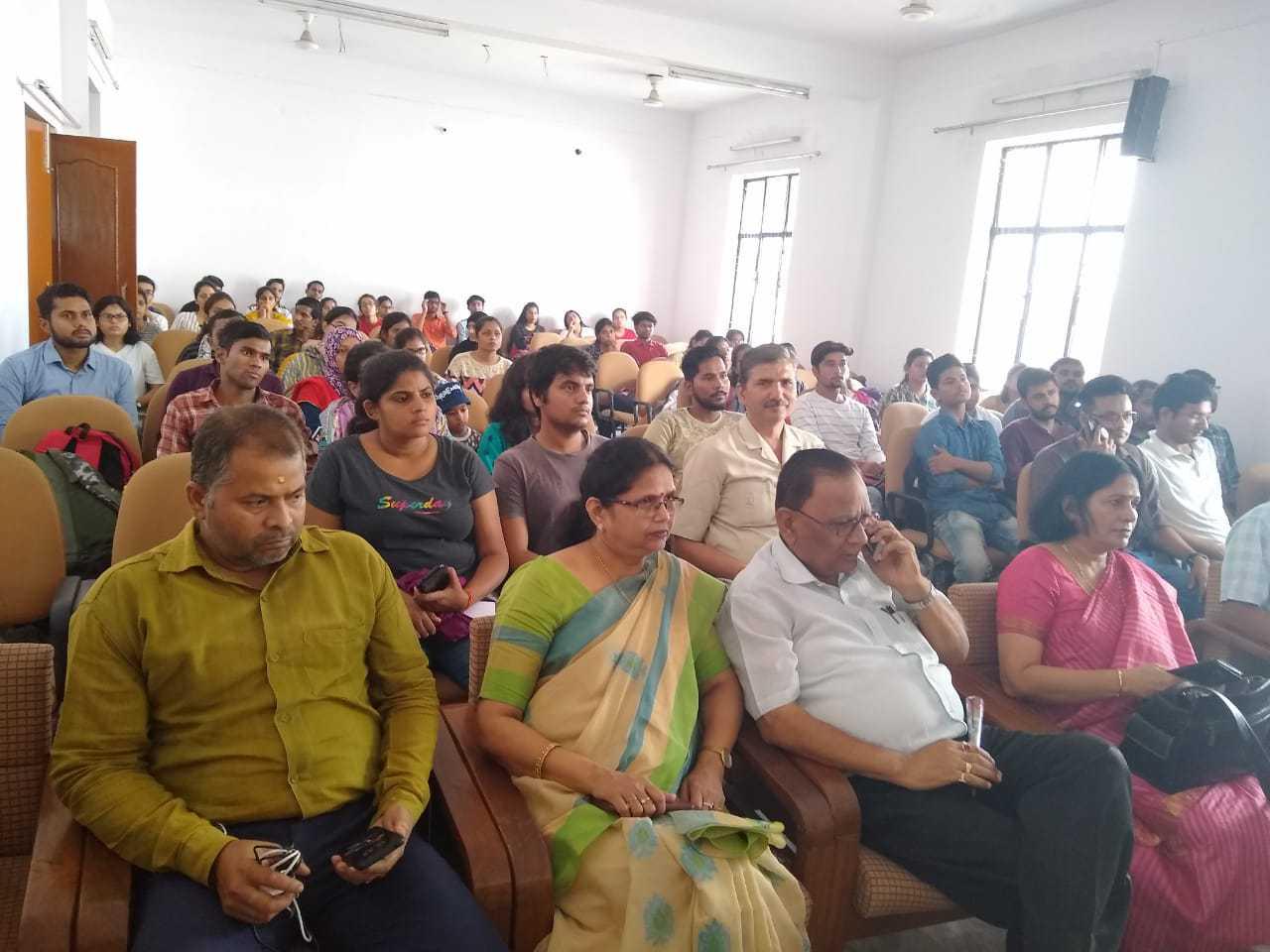 Gathering-at-Lucknow-University
