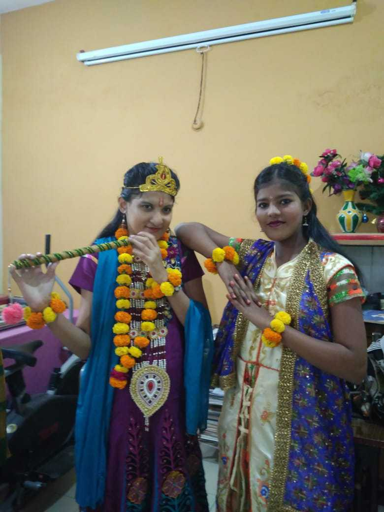 clients-performance-on-Diwali-Function-2